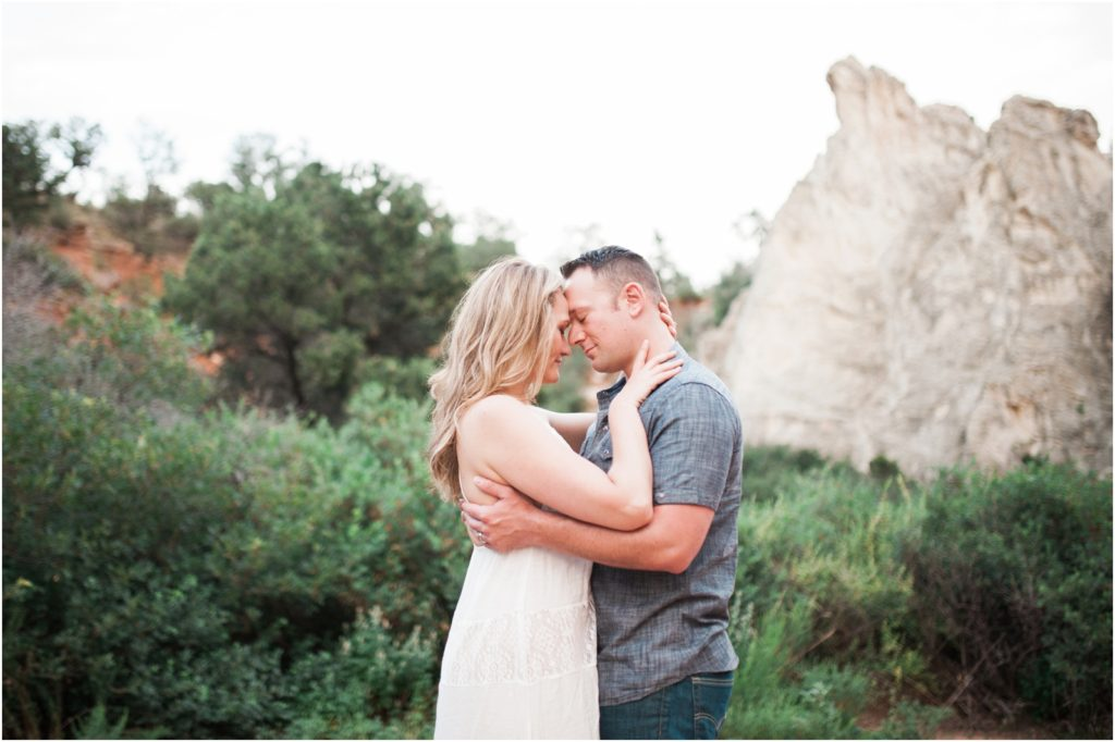 iowa-city-cedar-rapids-wedding-photographer-stephanie-marie-photography-garden-of-the-gods-engagement_0035