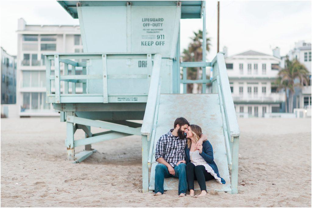 iowa-city-wedding-photographer-stephanie-marie-photography-cozy-beach-engagement_0028