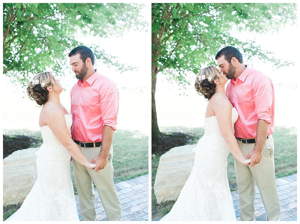 Stephanie Marie Photography This Old Barn Fairfield Iowa City Wedding Photiographer Tylor Emily 10