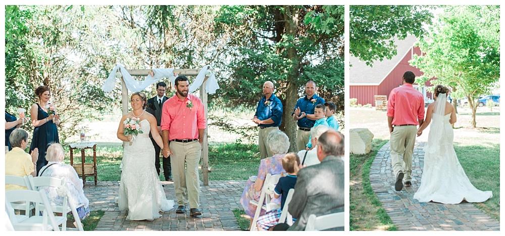 Stephanie Marie Photography This Old Barn Fairfield Iowa City Wedding Photiographer Tylor Emily 17