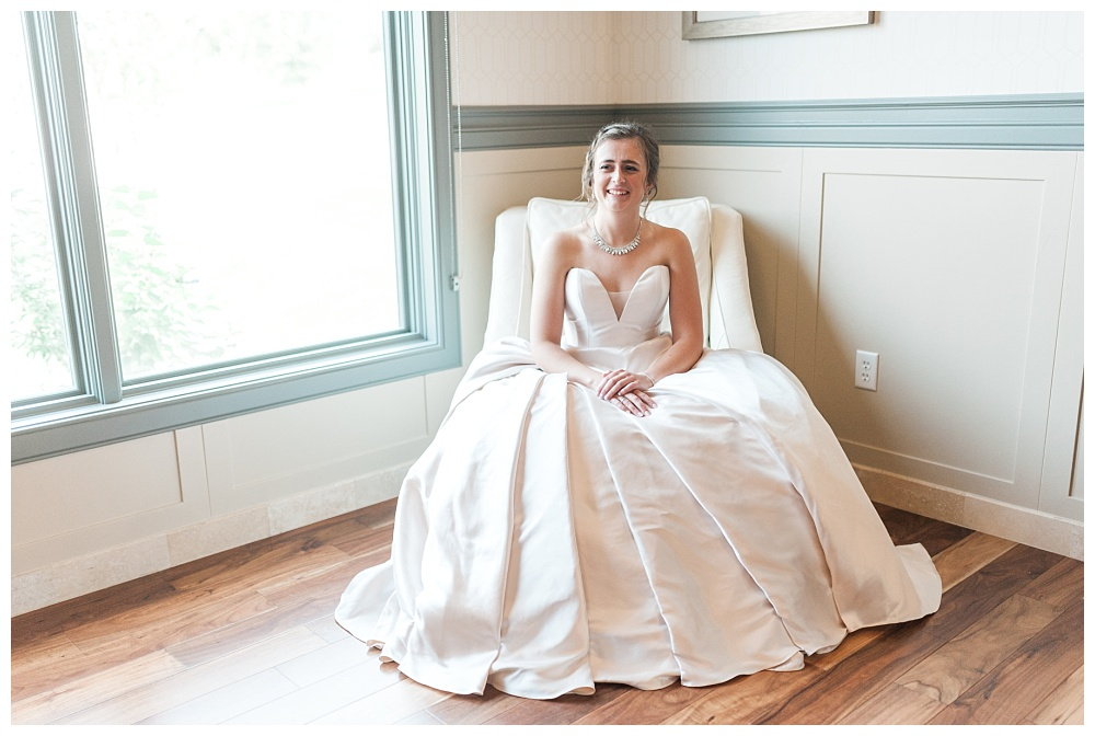 Stephanie Marie Photography Noahs Event Venue Omaha Nebraska Wedding Photographer Danielle Alex Herman_0020.jpg