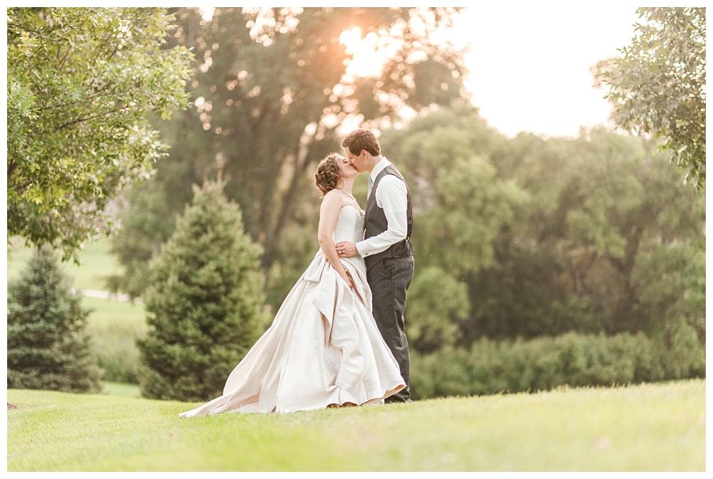 Stephanie Marie Photography Noahs Event Venue Omaha Nebraska Wedding Photographer Danielle Alex Herman_0043.jpg