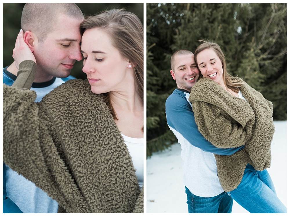 Stephanie Marie Photography Winter Engagement Session Iowa City Wedding Photographer Chelsey Justin_0010.jpg