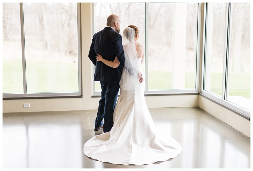 Stephanie Marie Photography Ushers Ferry Cedar Rapids Iowa City Wedding Photographer Emily Brian Guilford_0021.jpg
