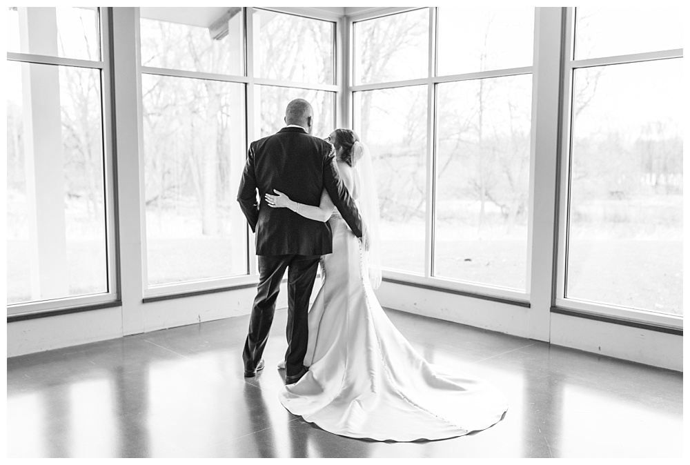Stephanie Marie Photography Ushers Ferry Cedar Rapids Iowa City Wedding Photographer Emily Brian Guilford_0047.jpg