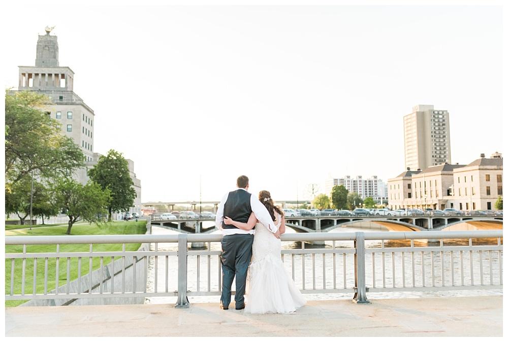 Stephanie Marie Photography Eastbank Venue and Lounge Cedar Rapids Iowa City Wedding Photographer Kelsey Austin Boekhoff_0047.jpg
