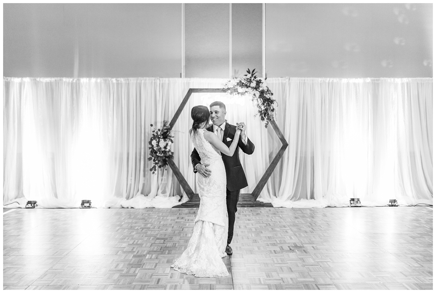 Stephanie Marie Photography Unitarian Universalist Society Church Ceremony Hotel Kirkwood Reception Cedar Rapids Iowa City Wedding Photographer Sean Madison Moore_0109.jpg