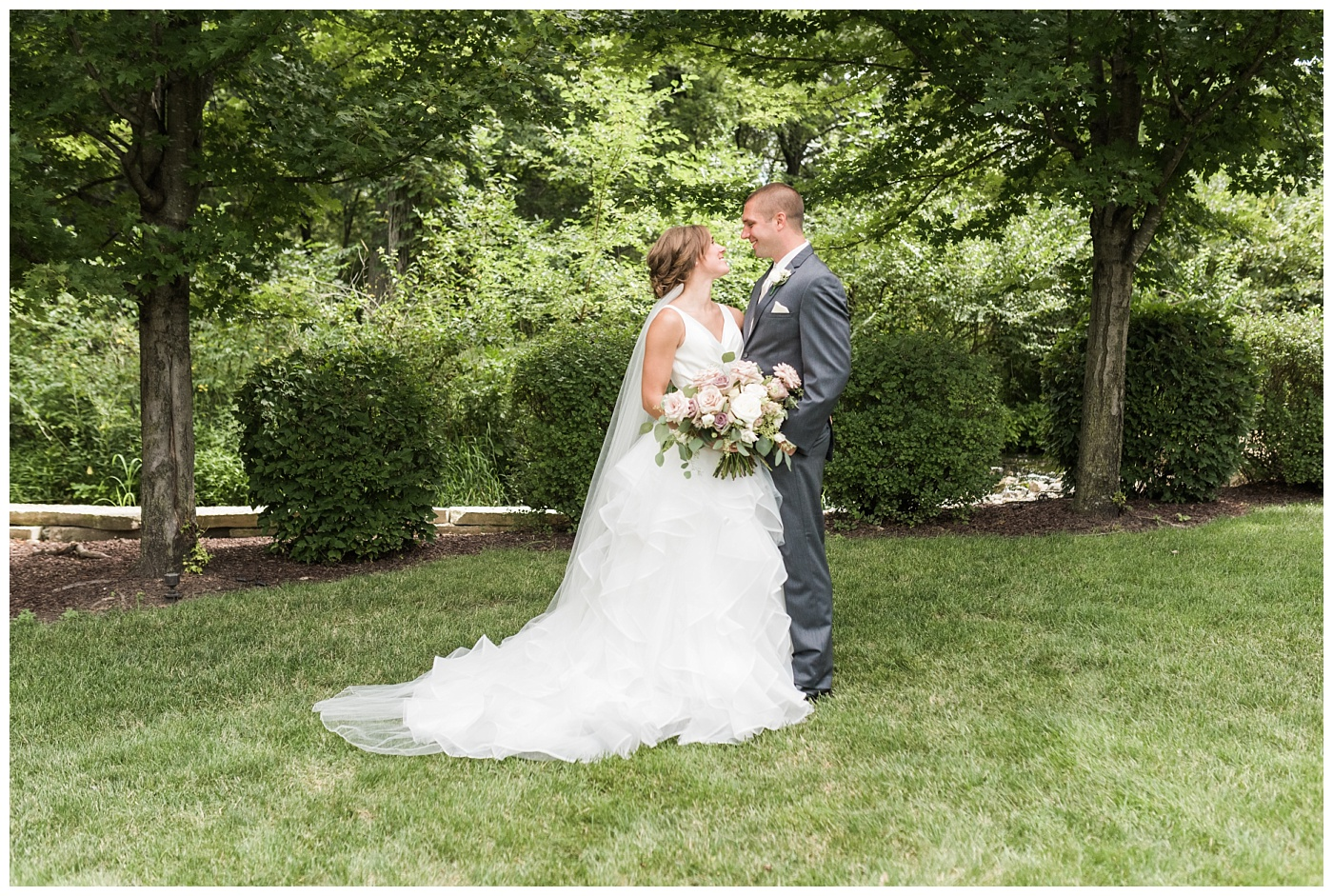 Stephanie Marie Photography Newman Catholic Center Ceremony Bella Sala Reception Tiffin Iowa City Wedding Photographer Chelsey Justin Meyers_0019-1.jpg