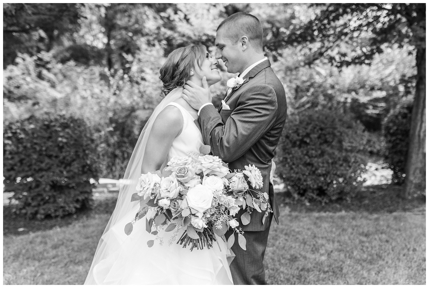 Stephanie Marie Photography Newman Catholic Center Ceremony Bella Sala Reception Tiffin Iowa City Wedding Photographer Chelsey Justin Meyers_0050.jpg