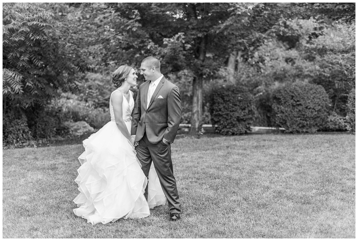 Stephanie Marie Photography Newman Catholic Center Ceremony Bella Sala Reception Tiffin Iowa City Wedding Photographer Chelsey Justin Meyers_0053.jpg