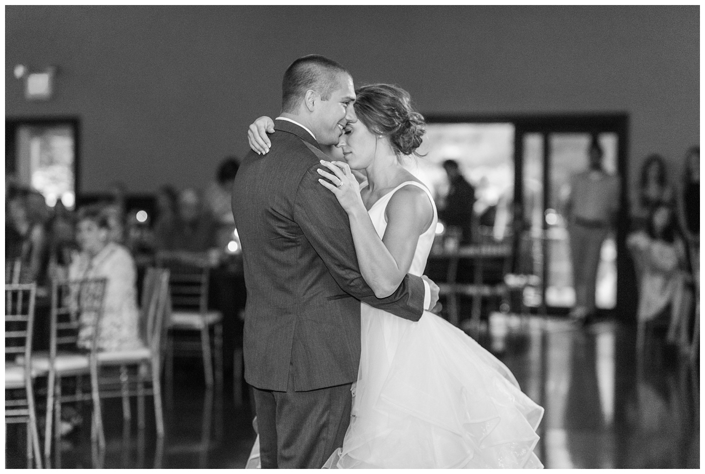 Stephanie Marie Photography Newman Catholic Center Ceremony Bella Sala Reception Tiffin Iowa City Wedding Photographer Chelsey Justin Meyers_0055.jpg