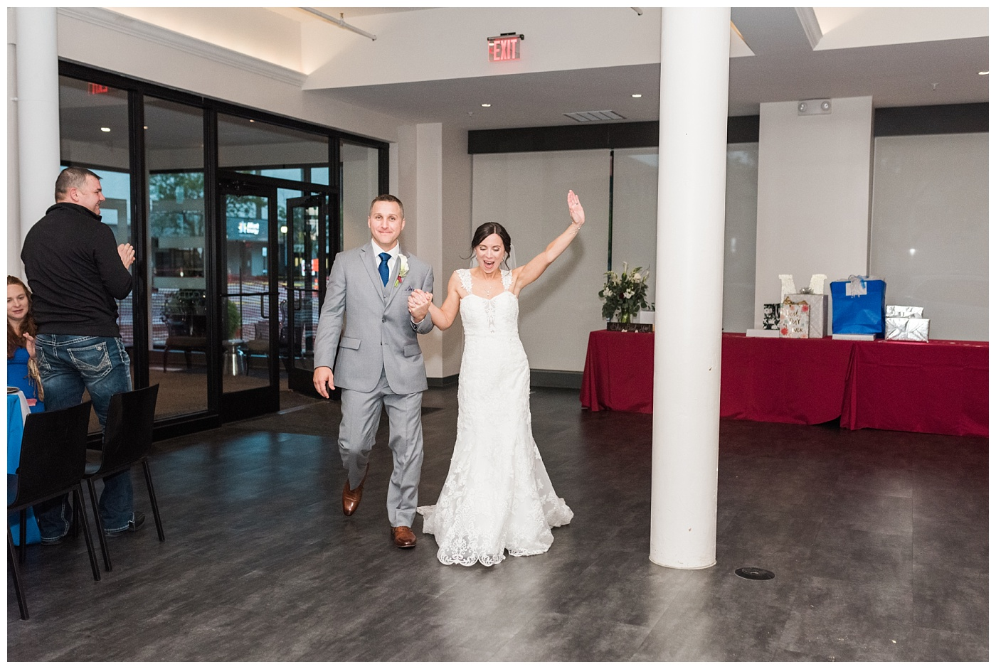 Stephanie Marie Photography St Mark's Lutheran Church Eastbank Venue and Lounge Reception Cedar Rapids Iowa City Wedding Photographer Jen Nick Morris_0044.jpg
